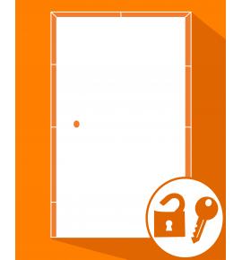 Ouverture de porte d'entrée blindée fermée à clé.