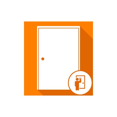 Ouverture de portes d'entrée claquées